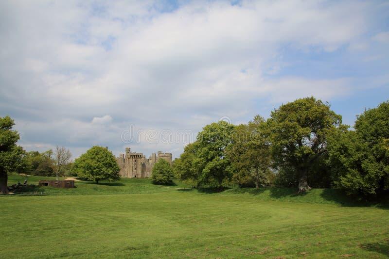 Englische Landschaftsansicht von Bodium-Schloss lizenzfreie stockbilder