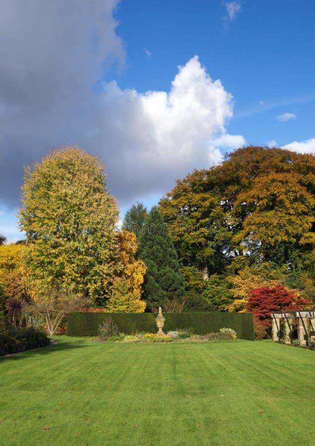 Englischer Garten lizenzfreie stockfotografie