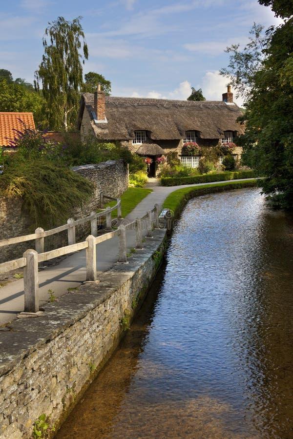 Englisches Land-Dorf - Yorkshire - England lizenzfreies stockbild