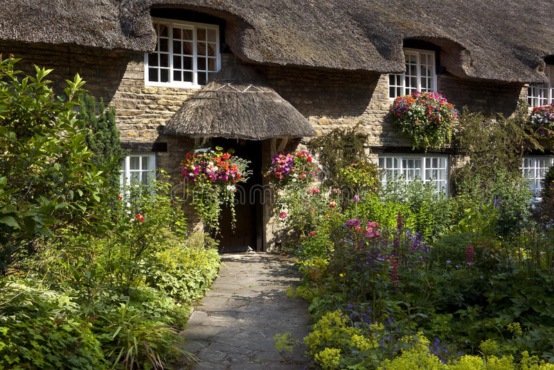 Englisches Land-Häuschen - Yorkshire - England lizenzfreies stockbild