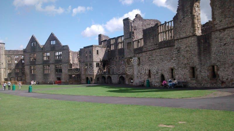 Englisches Schloss, Dudley vom 8 stockfotos