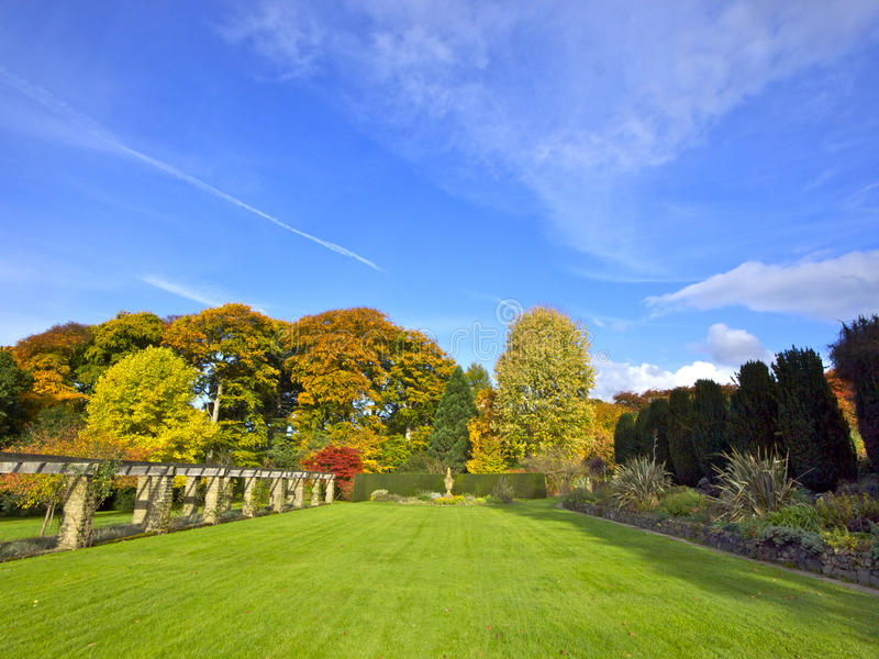 Download English garden stock image. Image of hedge, stone, trees - 24122973