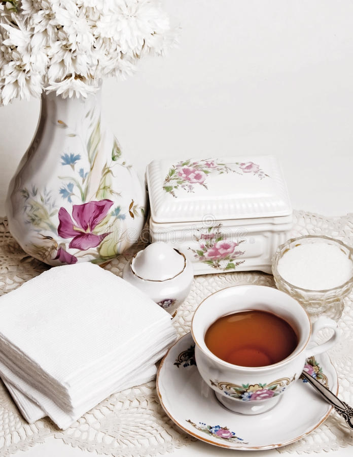 Free English High Tea With Cake Royalty Free Stock Images - 16827819