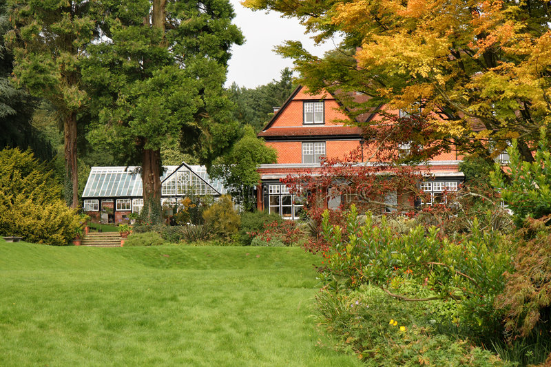 English House and Country Garden royalty free stock images