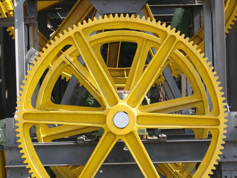 Engranaje amarillo imagen de archivo libre de regalías