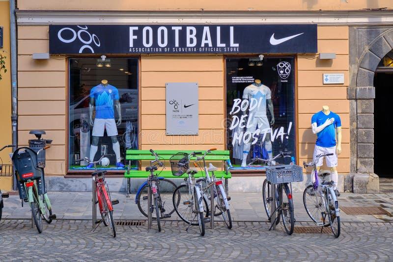 Engrenagem eslovena do futebol imagem de stock royalty free
