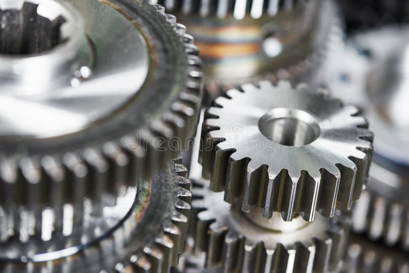 Engrenagens da roda da roda denteada do metal imagem de stock