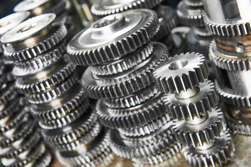 Engrenagens da roda da roda denteada do metal fotografia de stock