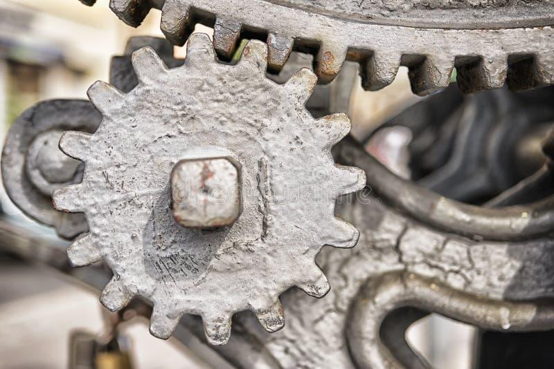Engrenagens do metal do close up fotos de stock royalty free