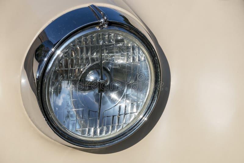 Enige Klassieke Uitstekende Voertuigkoplamp stock afbeelding