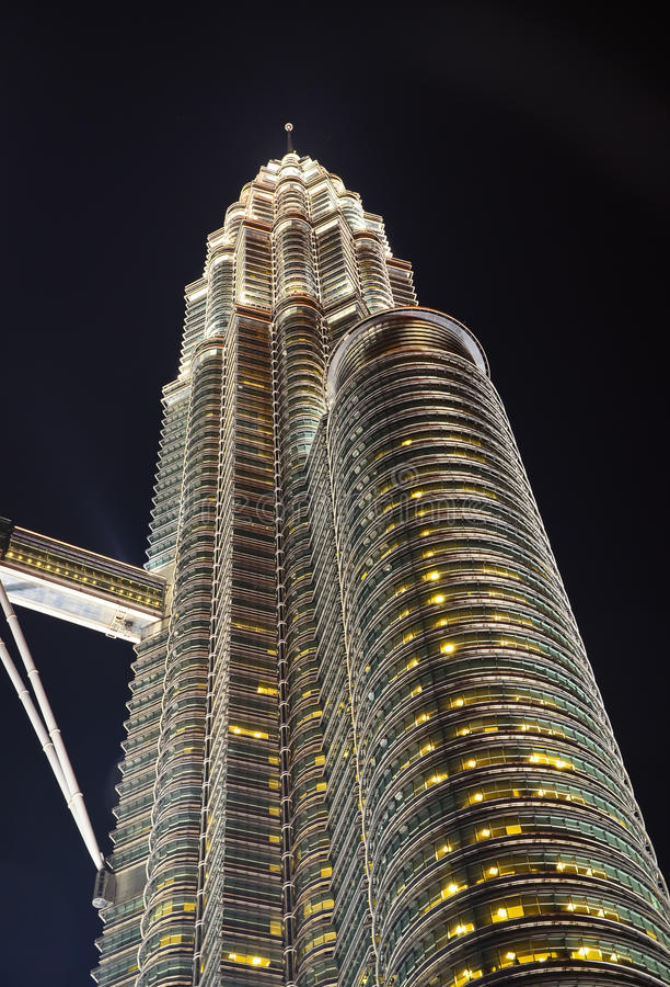 Enige Petronas-Toren Kuala Lumpur royalty-vrije stock afbeelding