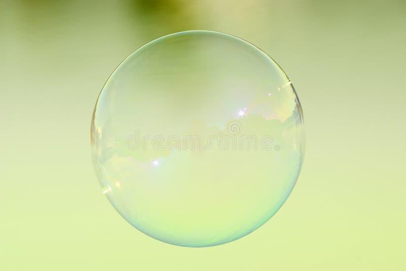 Enige zeepbel royalty-vrije stock foto's