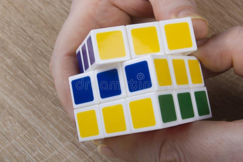 Enigma cúbico colorido imagem de stock royalty free