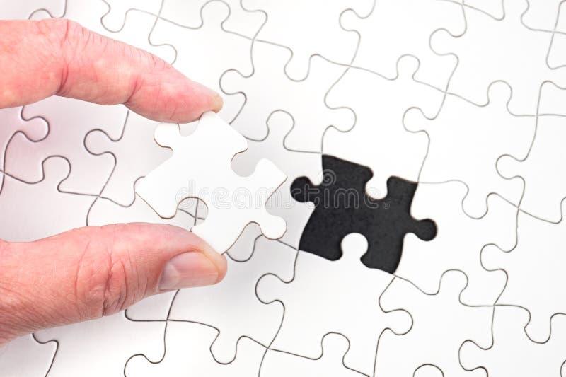 Enigma de serra de vaivém foto de stock