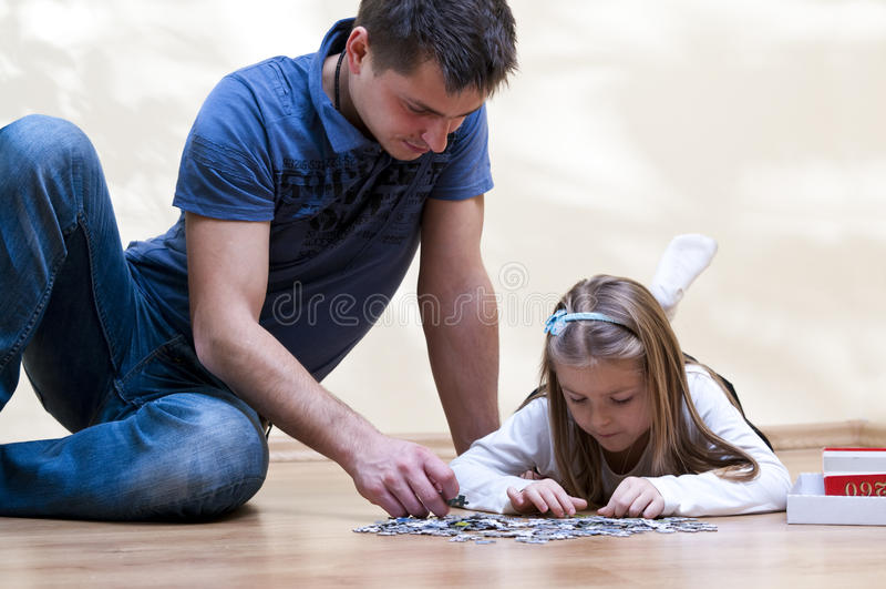 Enigma do pai e da filha fotos de stock