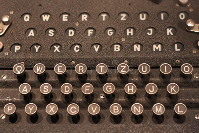 Enigma tangentbord royaltyfria foton