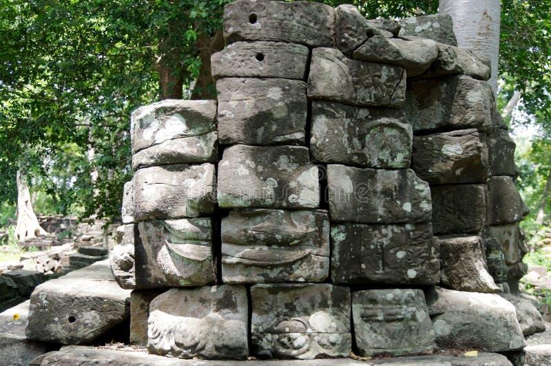 Enigmatyczny góruje Banteay Chhmar świątynia (Bayon uśmiech) fotografia royalty free