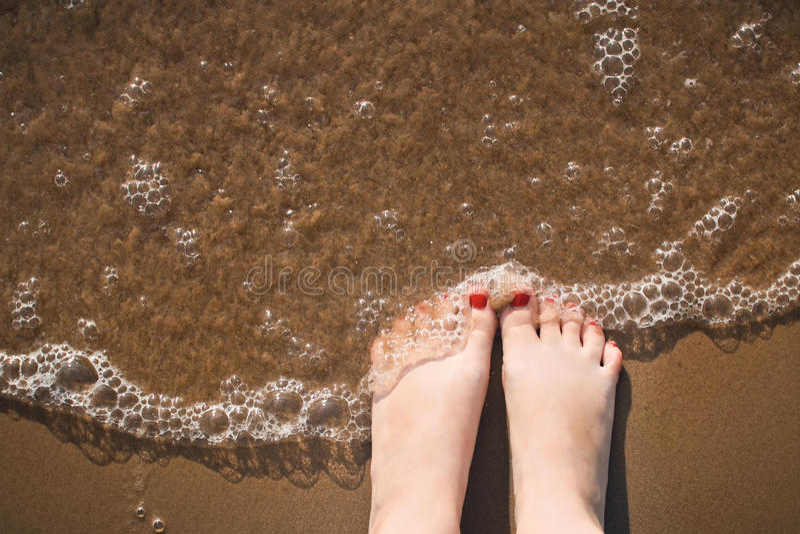 Enjoing el mar fotografía de archivo
