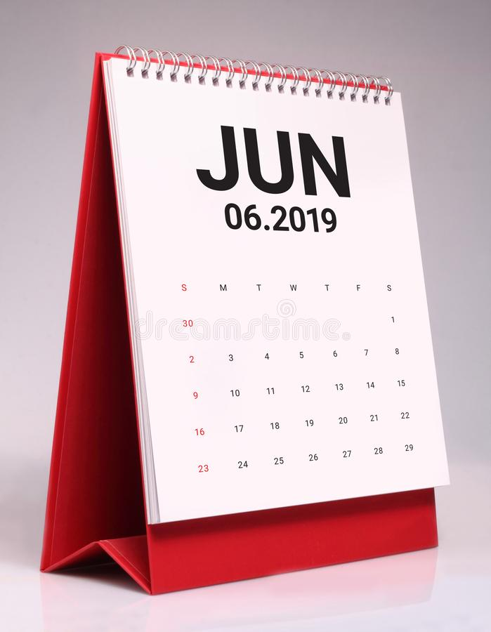 Enkel skrivbordkalender 2019 - Juni arkivbild