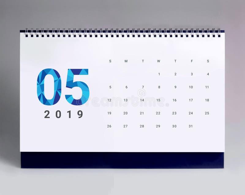 Enkel skrivbordkalender 2019 - Maj royaltyfri foto