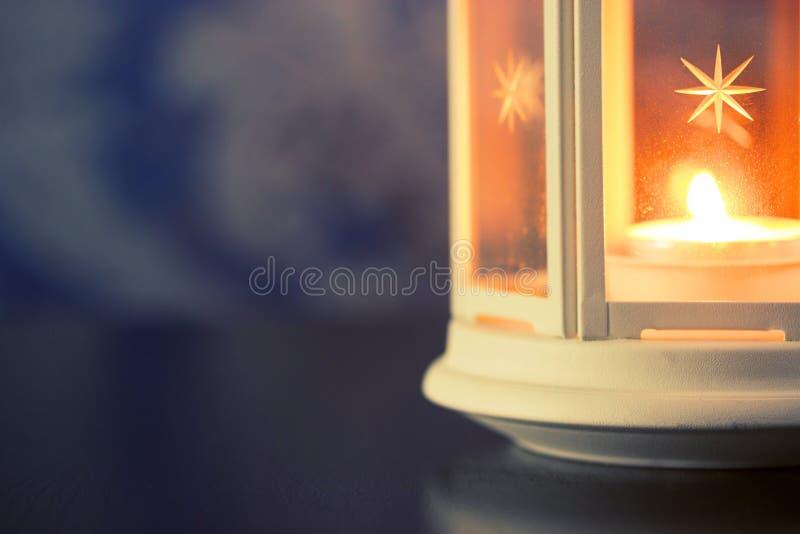 Enkel stearinljus upp slut fotografering för bildbyråer