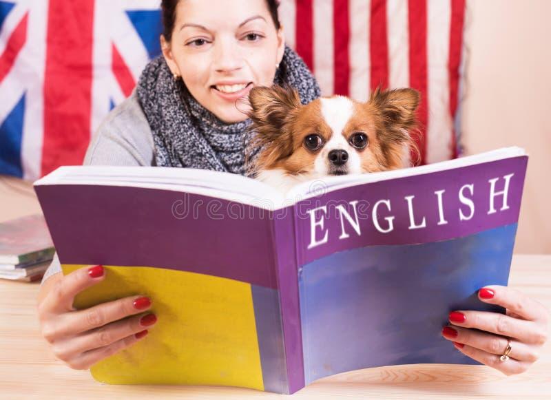 Enkelt lärande språkbegrepp royaltyfria foton