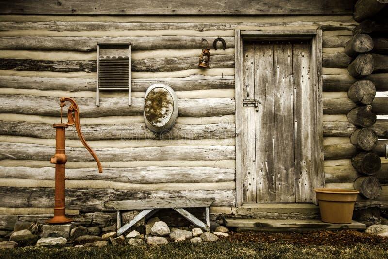 Enkelt landsbygdsboende arkivfoto
