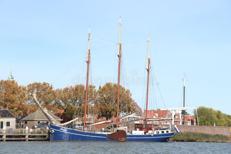 Enkhuizen, οι Κάτω Χώρες - 12 Οκτωβρίου 2018: Παραδοσιακά ολλανδικά σκάφη πανιών στοκ φωτογραφία με δικαίωμα ελεύθερης χρήσης