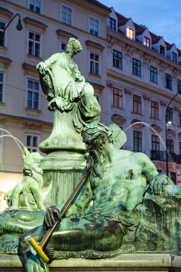 Ennsboatman cijfer in Donnerbrunnen-fontein royalty-vrije stock afbeelding