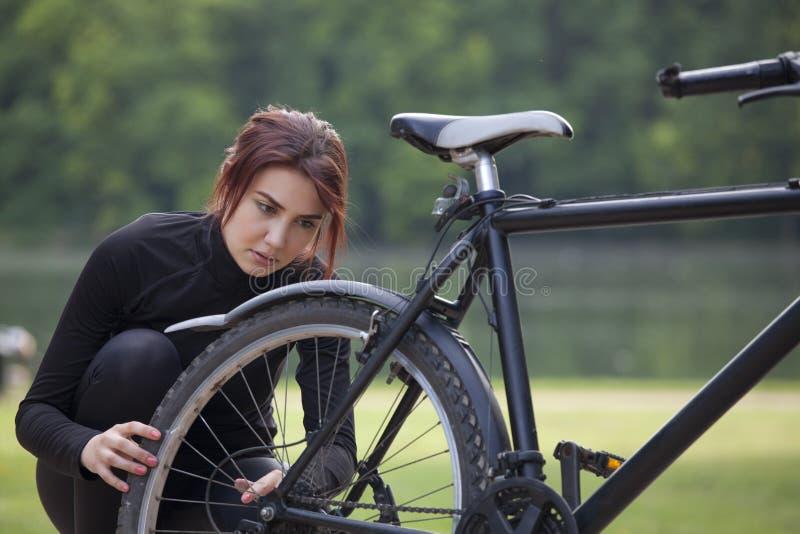 Ennui de vélo de montagne image libre de droits