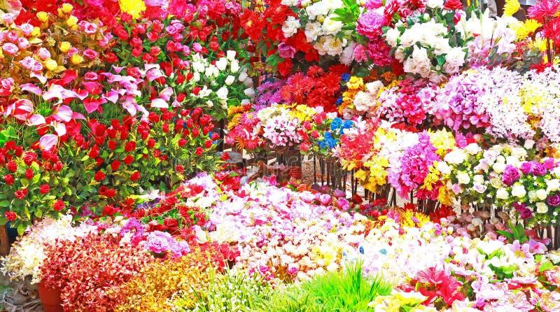 Enorm blom- skärm av färgrika blommor Indien arkivbild