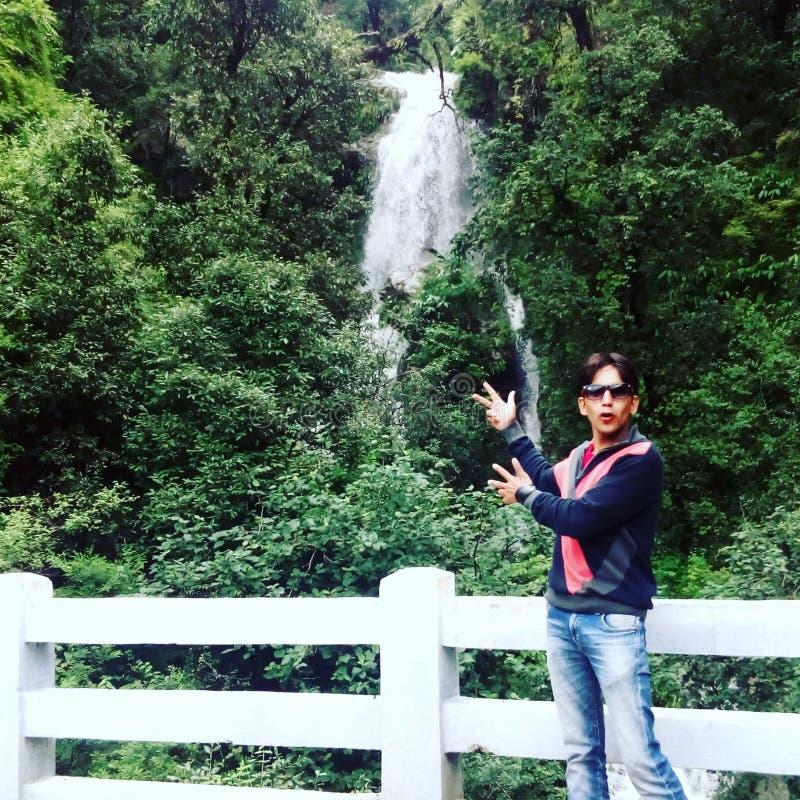 Enorm sikt Uttarkashi Uttarakhand i Indien arkivfoto