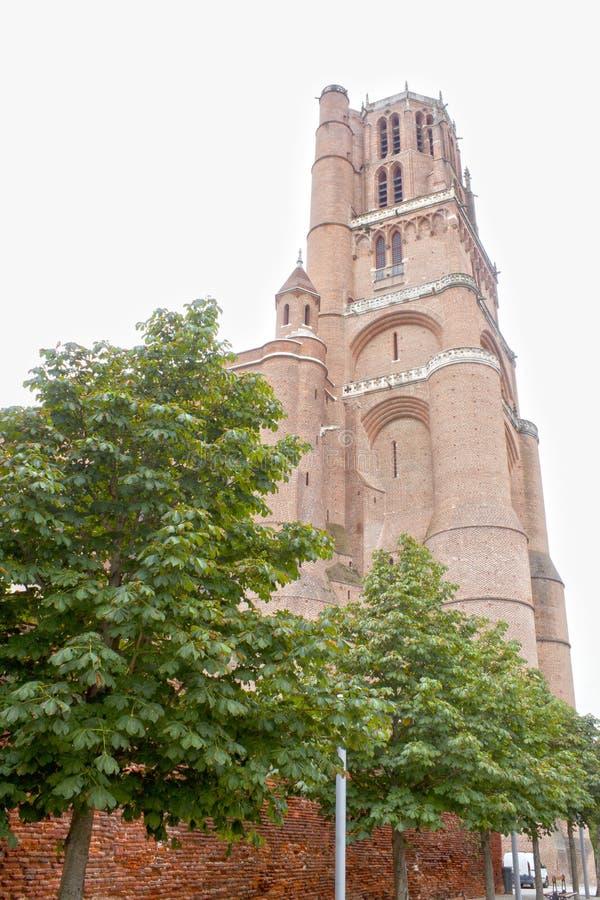 Enorme Santa Cecilia-Kathedrale in Albi stockbilder