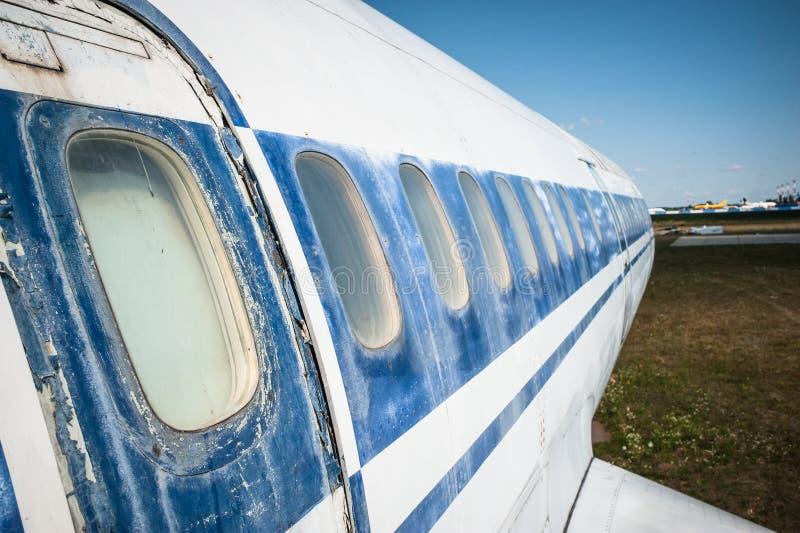 Enormes sowjetisches Passagierflugzeug Tu-154 Mittelstrecken stockbilder