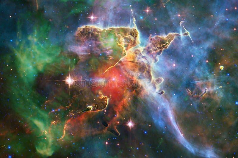 Enormt av djupt utrymme Miljarder av galaxer i universumet royaltyfri bild