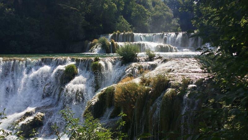 Enormt härligt Kroatiennaturvatten fotografering för bildbyråer