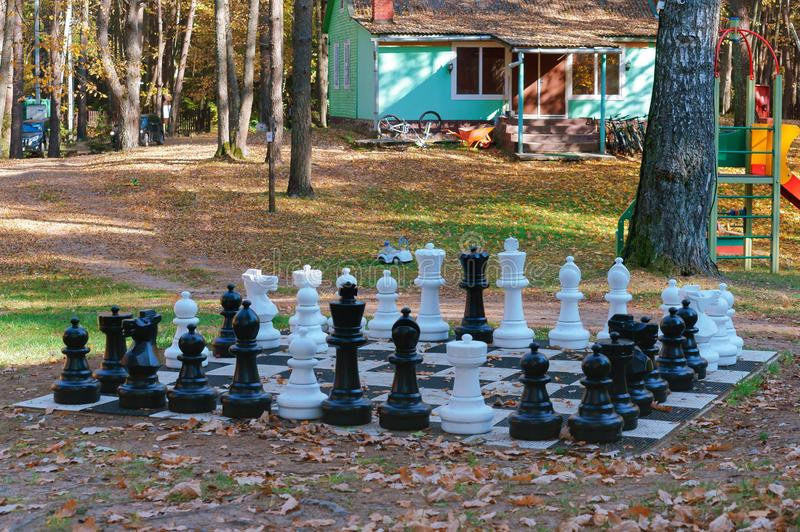 Enormt schack, gataschack arkivfoton