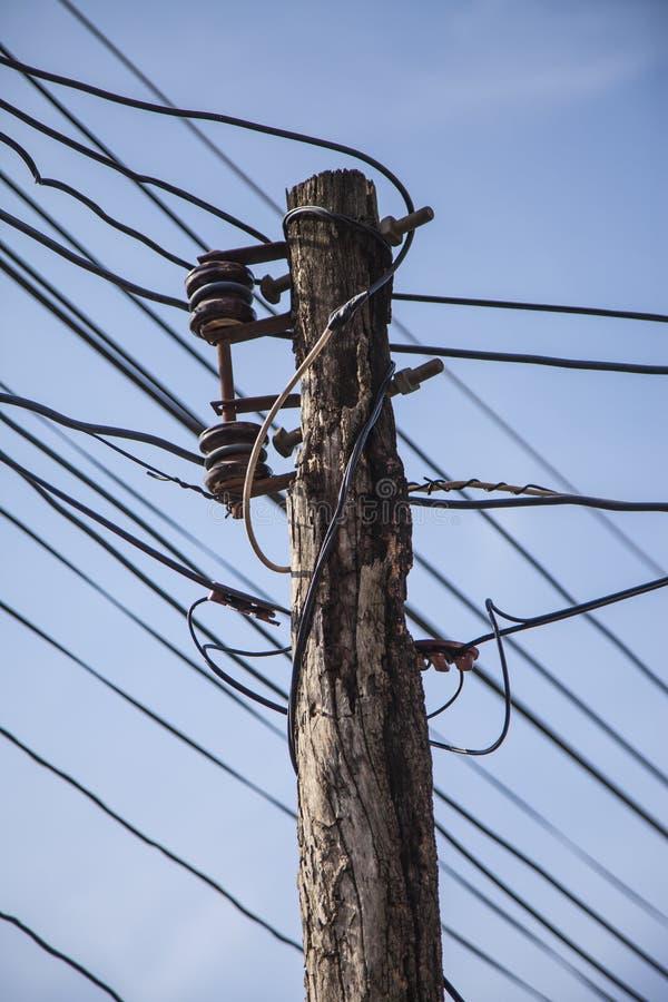 Enredo del caos de cables y de alambres foto de archivo libre de regalías