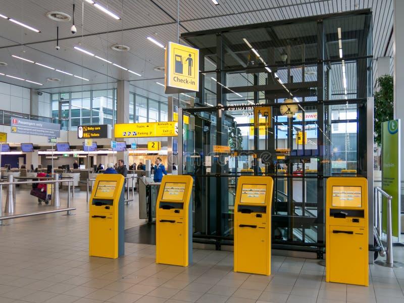 Enregistrement à l'aéroport de Schiphol Amsterdam, Hollande illustration stock