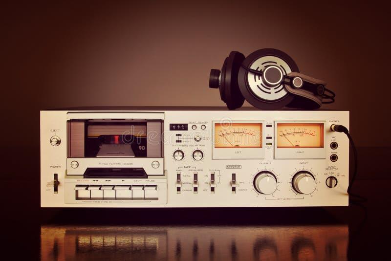 Enregistreur stéréo de plate-forme d'enregistreur à cassettes de vintage photo libre de droits