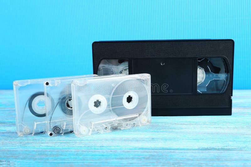 Enregistreurs à cassettes de vidéo et de musique image libre de droits