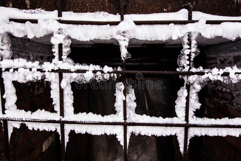 Enrejado oxidado congelado imagenes de archivo