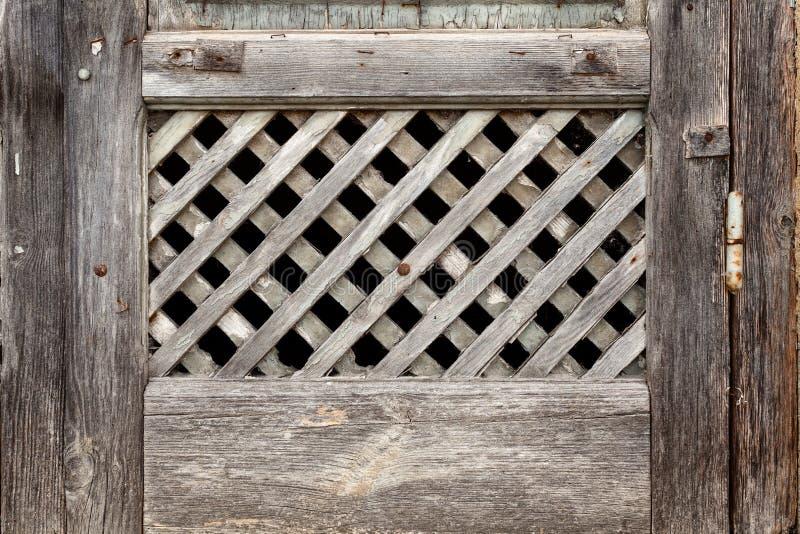 Enrejado viejo de la ventana foto de archivo