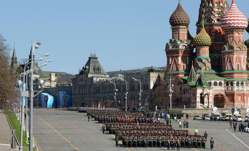 Ensaio de parada militar no quadrado vermelho Moscovo, Rússia imagem de stock