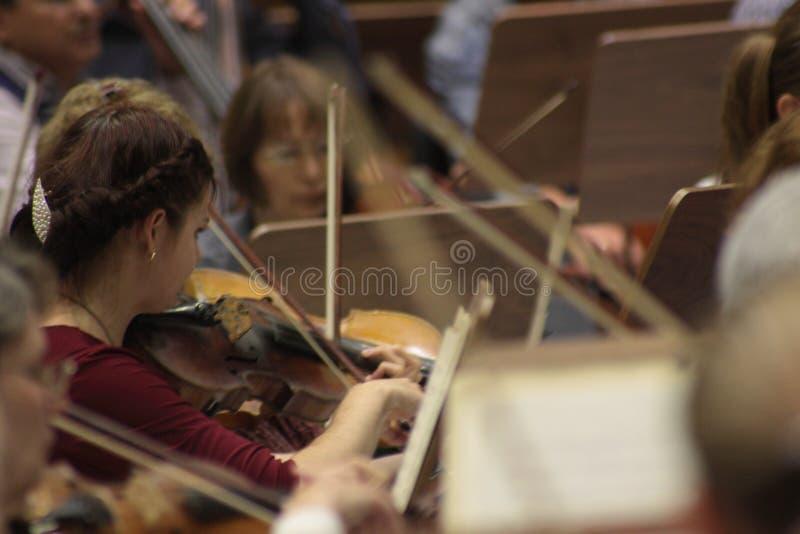 Ensaio de uma orquestra foto de stock