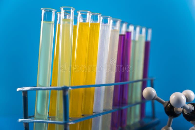 Ensaios clínicos no laboratório imagens de stock royalty free