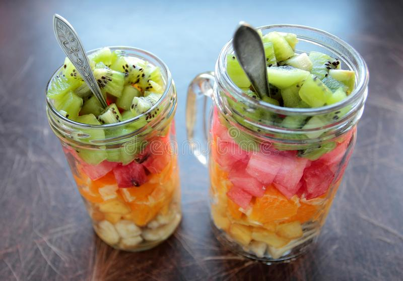 Frutas Cortadas Para Una Ensalada Foto De Archivo Imagen De Alimento Ensalada 72582834