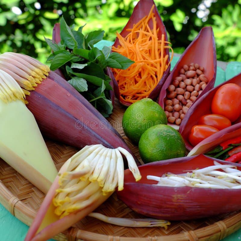 Ensalada de la dieta, comida vegetariana fotos de archivo libres de regalías