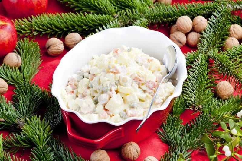Ensalada de patata de la Navidad imagen de archivo libre de regalías