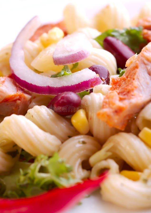 Download Ensalada de pollo foto de archivo. Imagen de dieta, producto - 1292870